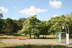 Hortgarten mit großen grünen Bewegungsflächen